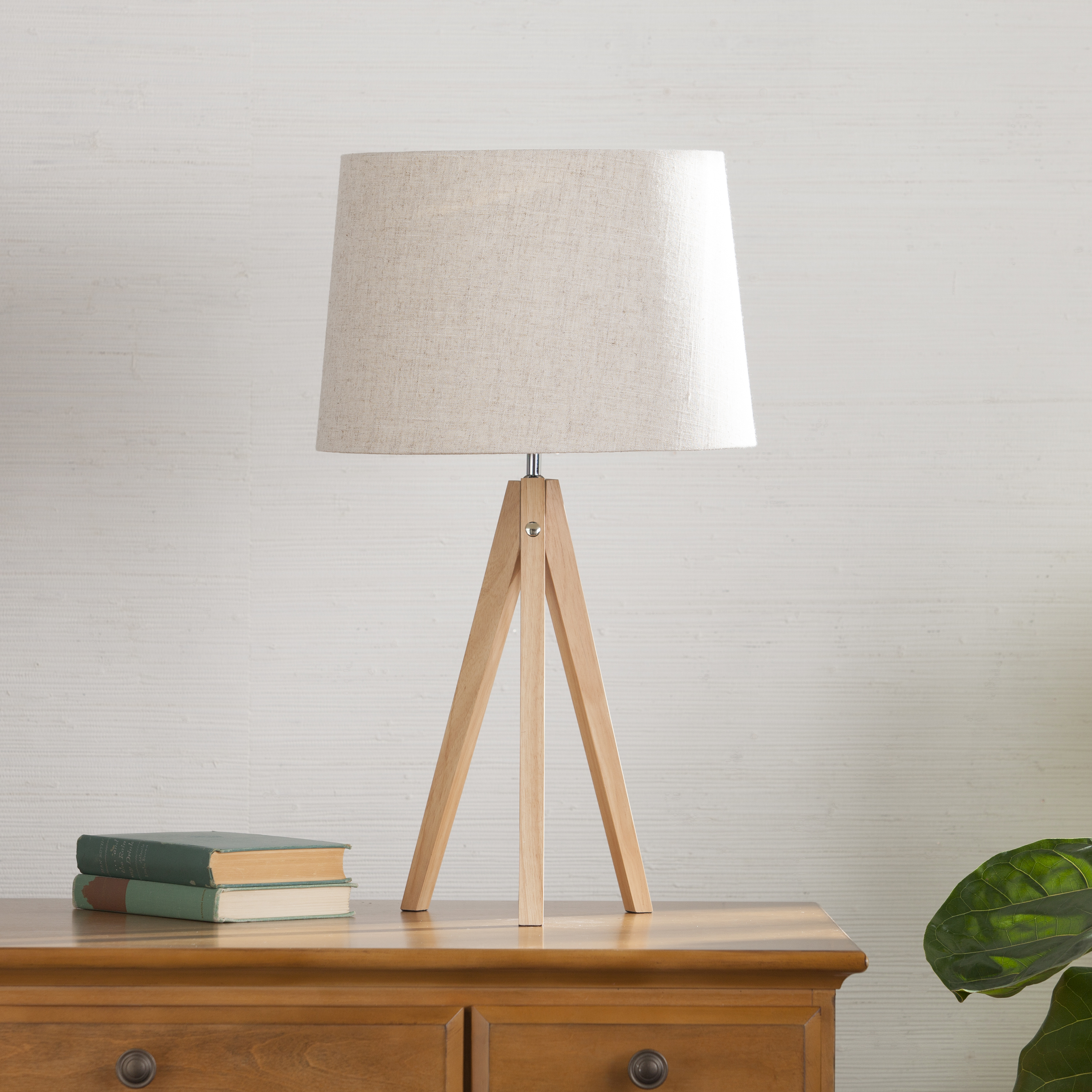 jarvis tripod table lamp
