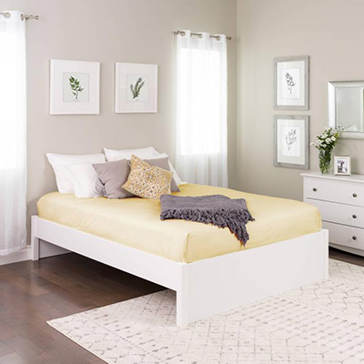 Queen Select 4-Post Platform Bed, White