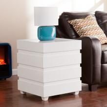 Holly & Martin Lavrock End Trunk - White