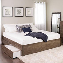 Select Drifted Gray King 4-Post Platform Bed with 4 Drawers