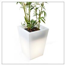 Hugo Pot - Outdoor Lamp And Planter - Short
