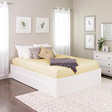 Queen Select 4-Post Platform Bed with 2 Drawers, White