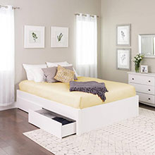 Select White Queen 4-Post Platform Bed with 4 Drawers